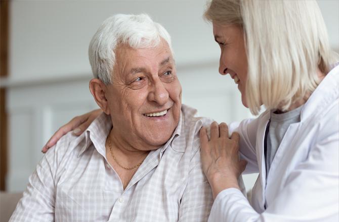 Provider assuring patient at Vohra